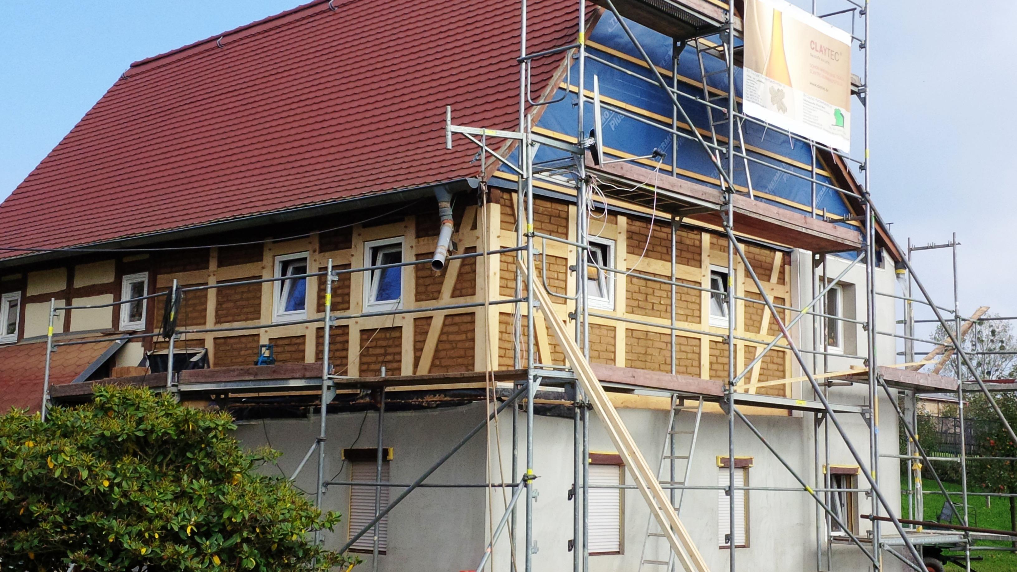 Sanierung von holzkonstruktionen holz und lehmbau for Fachwerk strebe